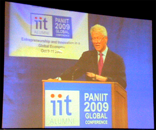 President Bill Clinton Asks IIT Alumni to Crusade Against Inequality: opening
